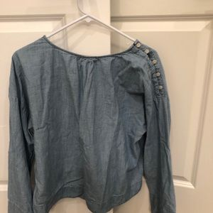 Madewell Tops - Madewell chambray button shoulder bell sleeve s L